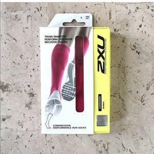 2XU Women Compression Performance Run Socks Small
